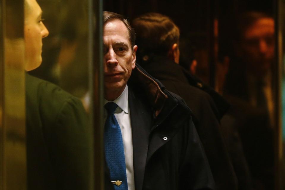 Former CIA director David Petraeus arrives to meet with U.S. President-elect Donald Trump on November 28, 2016.