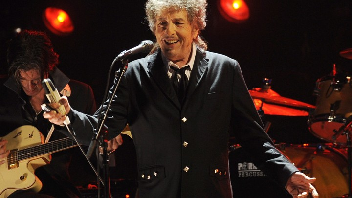 Bob Dylan performs in 2012