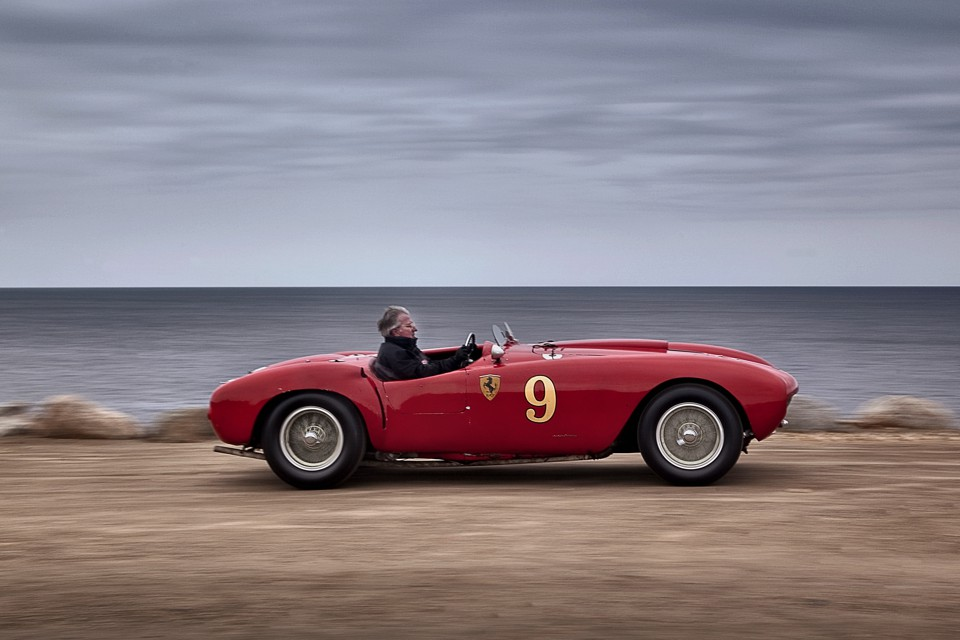 HedgeFund Managers With Sports Cars Make Worse Investors The - Sport car driving