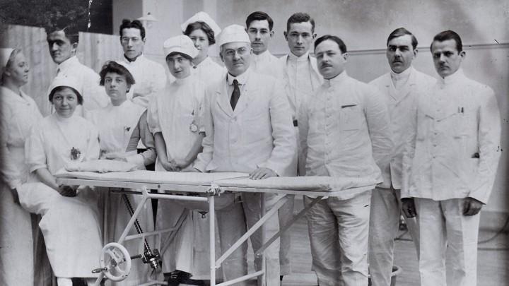 Image result for france hospital nurse