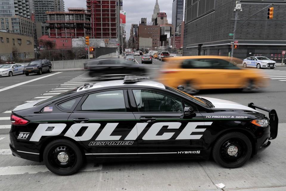 A Hybrid Police Car Is Armistice In The Car Culture War