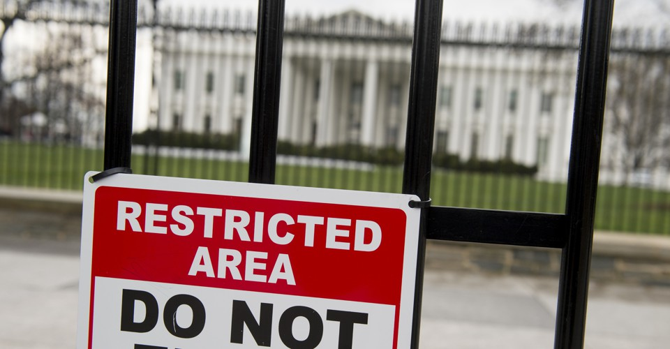photo image Why the White House's Secrecy Over Visitor Logs Isn't a Crisis