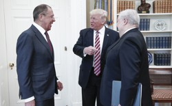 Sergei Lavrov, President Trump, and Sergei Kislyak in the Oval Office on Wednesday