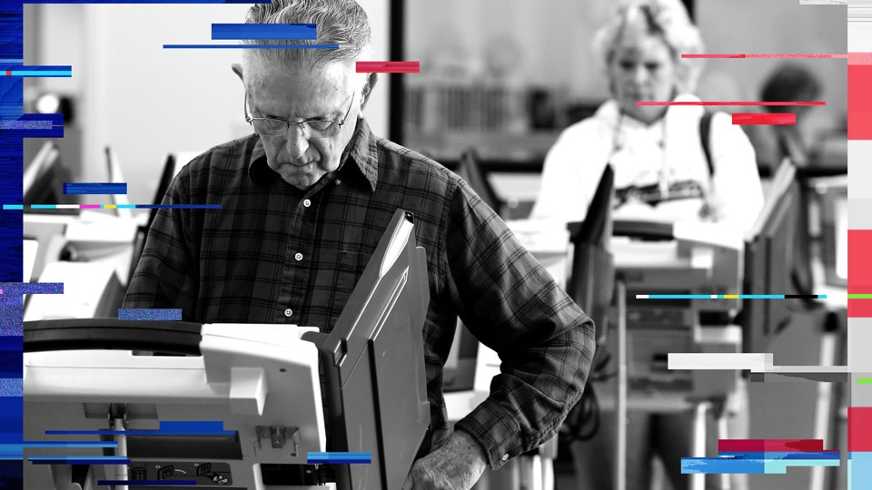 Voters in Cleveland, Ohio, cast ballots in the U.S. presidential election.
