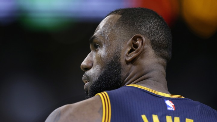 5cc55fee9 LeBron James Responds to Vandalism of His Home With a Racial Slur ...