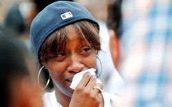 Diamond Reynolds, girlfriend of Philando Castile, weeps at a protest in St. Paul, Minnesota, on July 7, 2016.