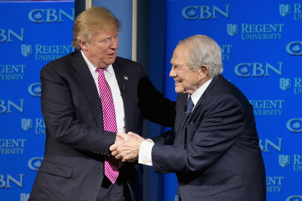 Pat Robertson Gives Trump a Pass on Russia