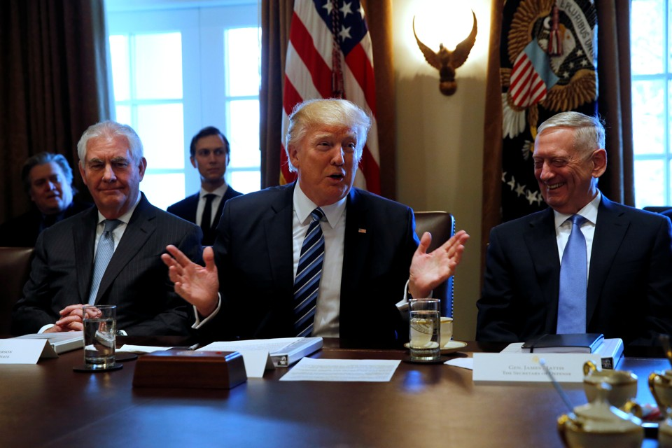 Trump Gives an Order Too Vague for His Generals to Obey