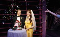 Wax figures representing Brad Pitt and Angelina Jolie at their wedding