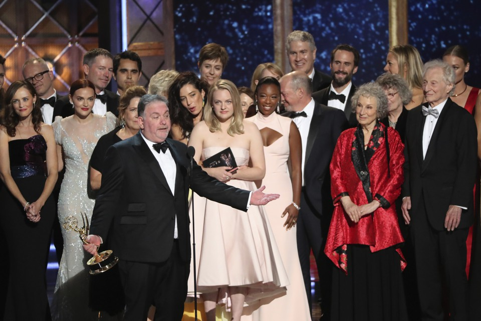 An Emmy Win for <em>The Handmaid&#8217;s Tale</em> Paints a Dystopian Future for Traditional TV