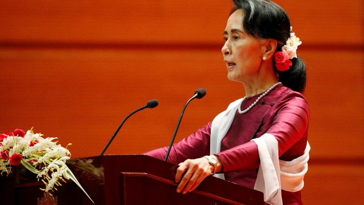 Aung San Suu Kyi delivers a speech.