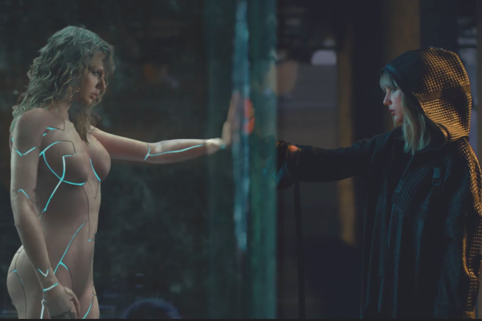 Taylor Swift vs. Taylor Swift in the '...Ready For It?' video