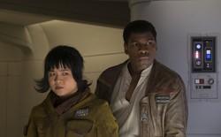Kelly Marie Tran and John Boyega as Rose and Finn in 'Star Wars: The Last Jedi'