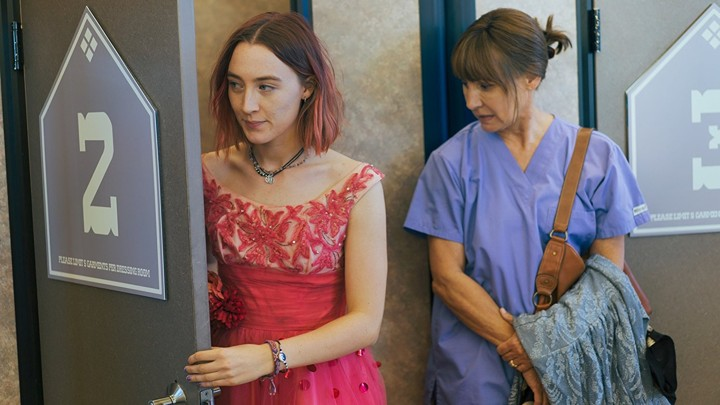 A Memorable Mother-Daughter Talk In Lady Bird - The Atlantic-3142