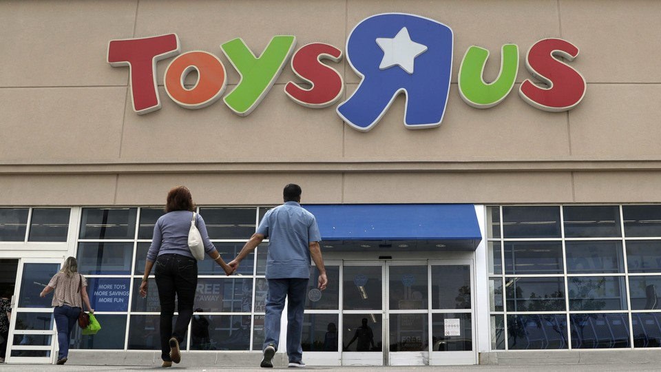 """Why Toys """"R"""" Us Is Closing One-Fifth of Its Stores - The Atlantic"""