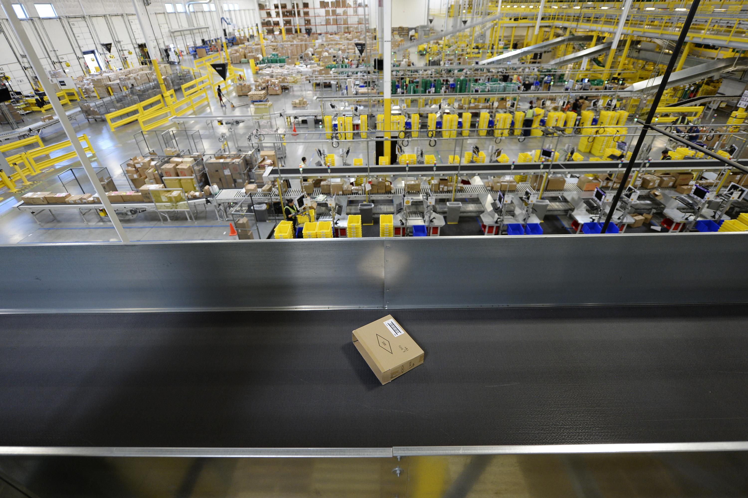 Warehouse Jobs In Okc >> When Amazon Opens Warehouses The Atlantic