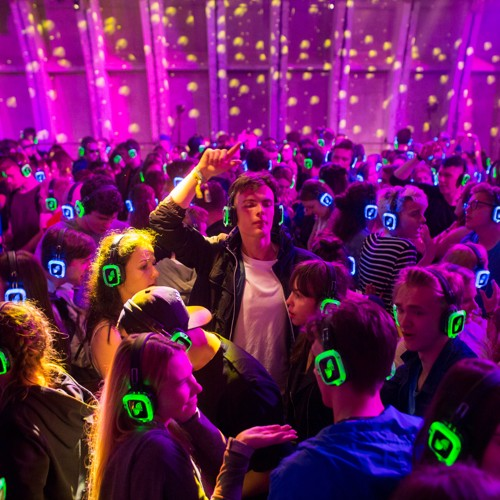 Raves Near Me >> I Went To A Silent Disco As An Old The Atlantic