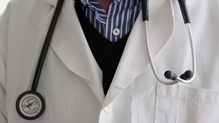 Hookup a third year medical student