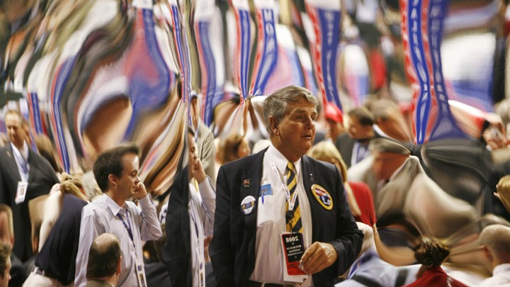 The distorted reflections of delegates at the 2008 Republican National Convention