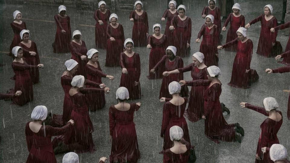 """Résultat de recherche d'images pour """"the handmaid's tale women"""""""