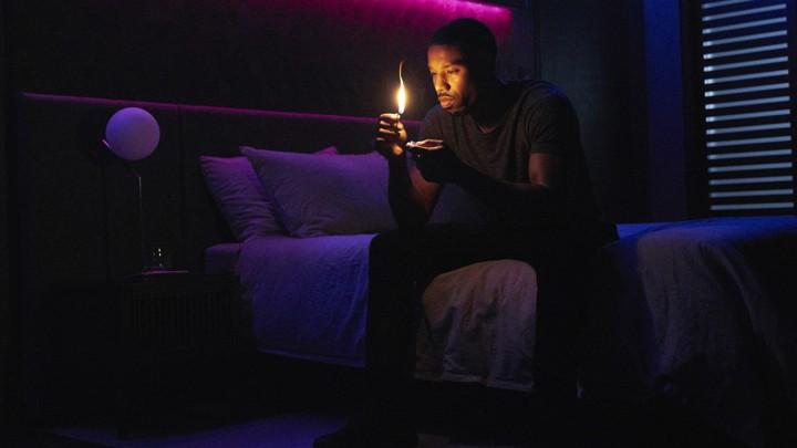 Ray Bradbury And Dark Side Of American >> Hbo S Fahrenheit 451 Transforms Ray Bradbury S World Review The
