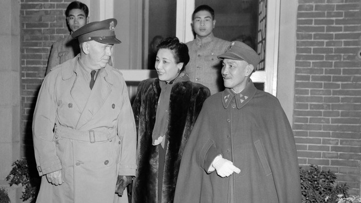 Marshall and Kai-shek meet after Marshall's arrival in China in 1943.