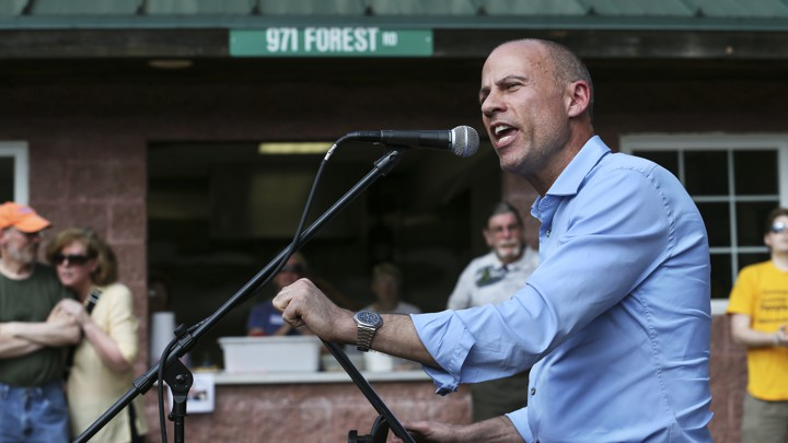 Michael Avenatti giving a campaign speech in New Hampshire