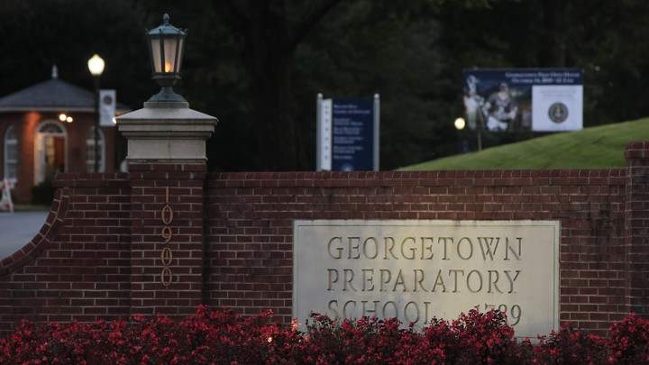 An image of a sign reading Georgetown Preparatory School