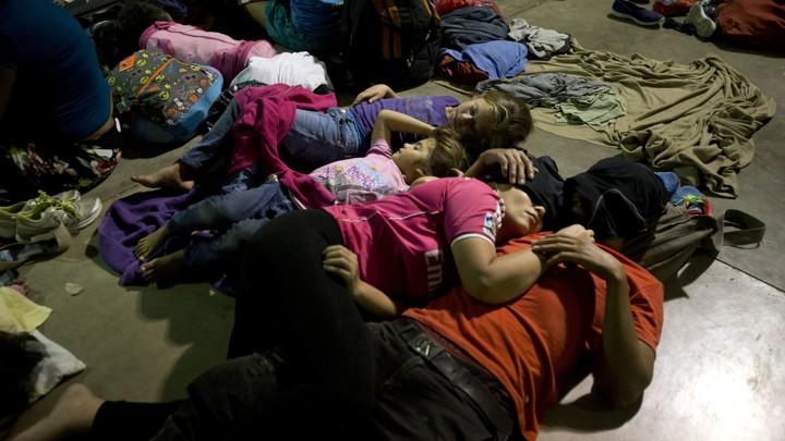Trump Threatens to Cut Aid to Honduras Over Caravan - The