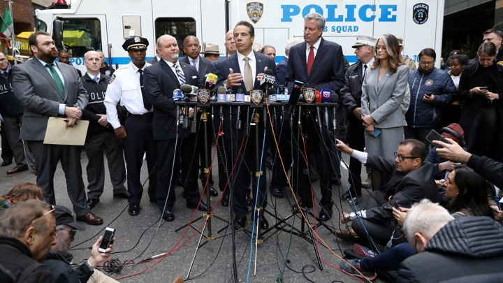 New York Governor Andrew Cuomo addresses journalists over pipe bomb mailings to political figures.