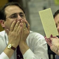 Reporters examinea ballot during a manual recount in Broward County, Florida, in 2000.