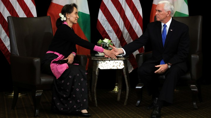 Myanmar State Counsellor Aung San Suu Kyi meets with American Vice President Mike Pence in Singapore on November 14.