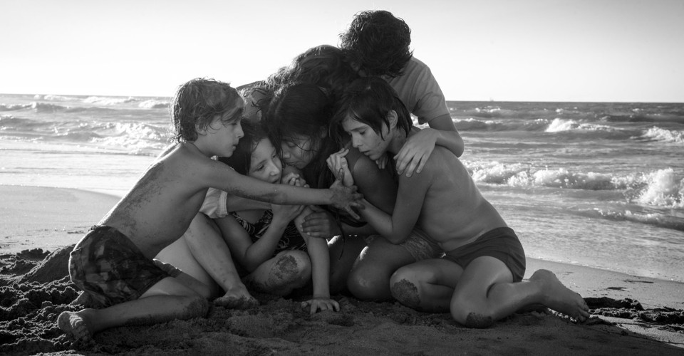 Alfonso Cuarón's Roma Is a Masterpiece - The Atlantic