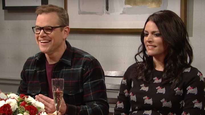 Matt Damon Snl Christmas.Snl With Matt Damon Airs A Genius Weezer Argument The