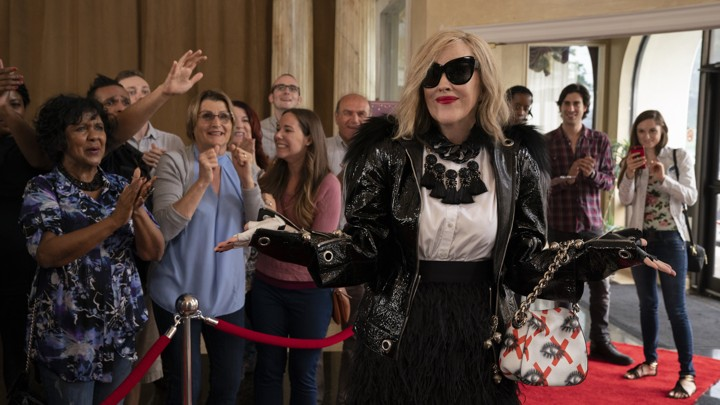 Schitt's Creek: Moira Rose's Bombastic Diction & Fashion - The Atlantic