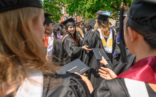 13aebd73706 The College That Gives Graduates the Wrong Diploma
