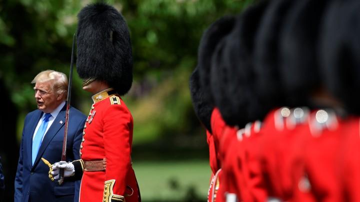 Donald Trump arrives at Buckingham Palace.
