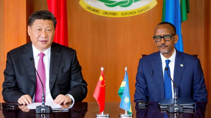 Xi Jinping with Rwanda's President Paul Kagame