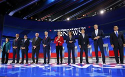 The 10 candidates who qualified for the third Democratic debate stand on stage.