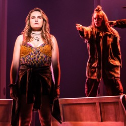 Elizabeth Stanley, Kathryn Gallagher (<i>front</i>) and the company of Jagged Little Pill.