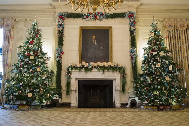 East Room In 2014 During A Tour Of The White House Holiday Decorations Theme For Was Childrens Winter Wonderland