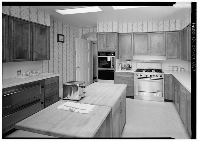 Photos Inside The White House Kitchen  The Atlantic. Kitchen Countertop Backsplash. Neutral Colors For Kitchen. Laminate Sheets For Kitchen Countertops. Good Color To Paint Kitchen. Pictures Of Kitchen Tile Floors. Lowes Kitchen Floor Tile. Small L Shaped Kitchen Floor Plans. Kitchen Countertop Remodel