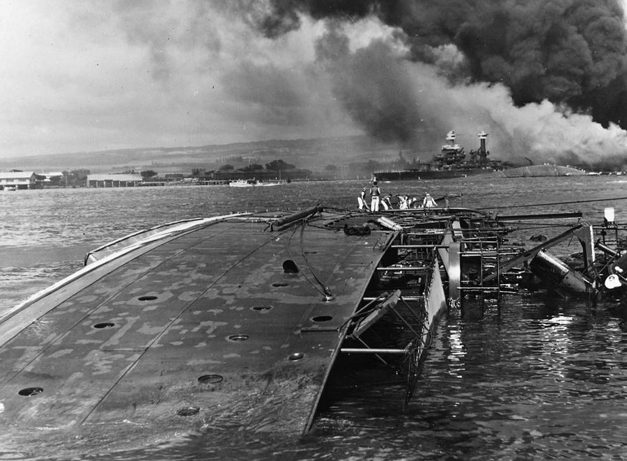 Essay on the bombing of pearl harbor