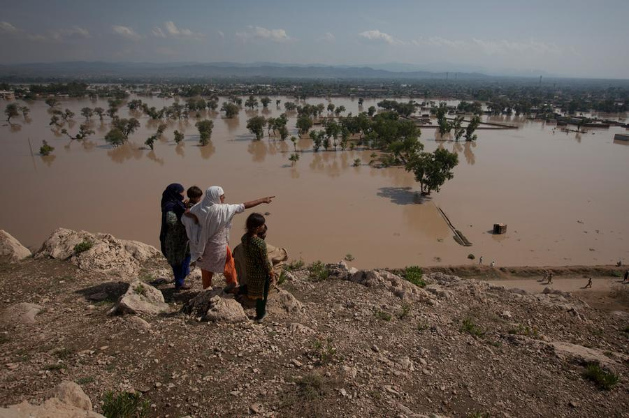 pakistani floods The floods in pakistan are now worse than haiti's january 2010 earthquake, the 2004 indian ocean tsunami, and the 2005 kashmir earthquake combined, the united nations' office for the coordination.