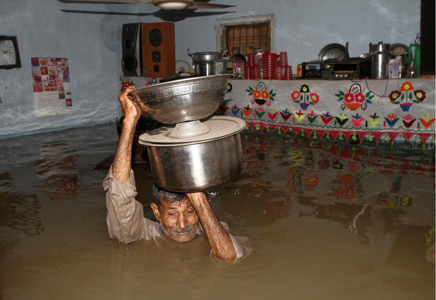 devastating flood pakistan essay Essay on flood devastation in pakistan click to continue first look replaces papers in press, and gives a first look at an accepted article rapid.