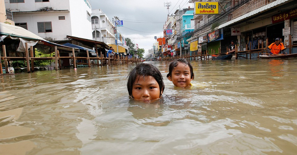 Worst Flooding In Decades Swamps Thailand The Atlantic
