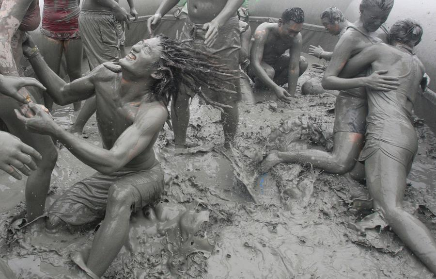 Mud Orgy 35