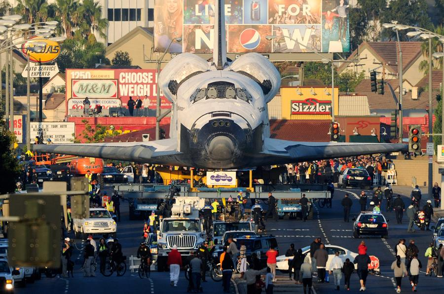 Arrivo endeavour museo los angeles