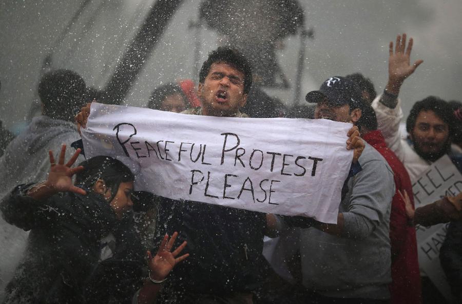 Indien protesterar mot kottreklam