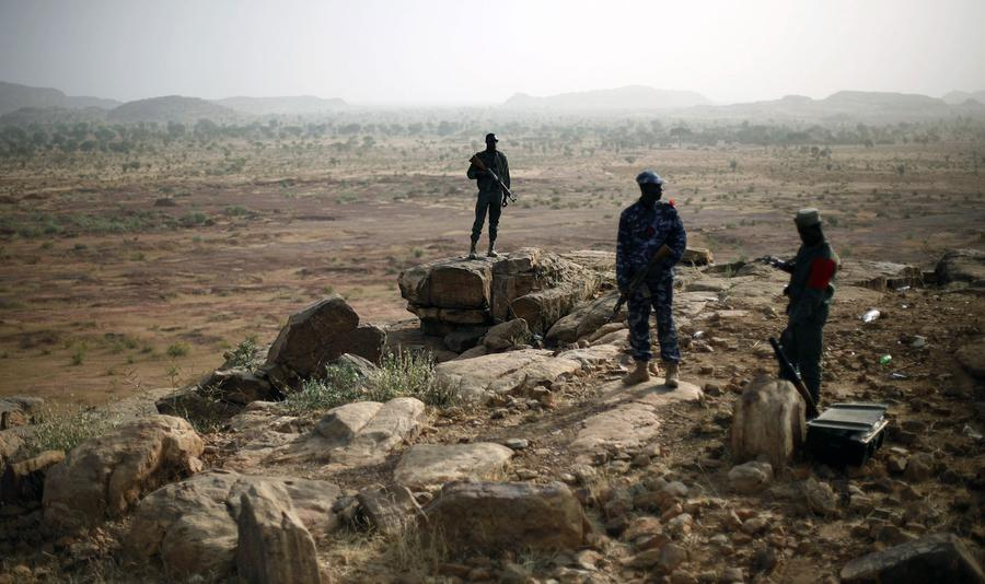 the conflict in mali Earlier today, algerian sp ecial forces raided a natural gas complex near in aménas, algeria where members of an al qaeda-affiliated islamist group had been holding hostage a group of.